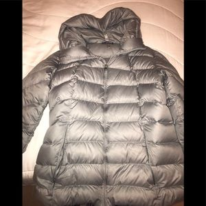 Patagonia down puffy jacket with hood.